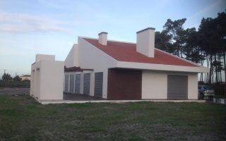 Construção moradia Casal Naculas Silveira