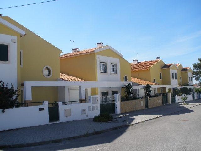 Condomínio – Santa Cruz – Torres Vedras